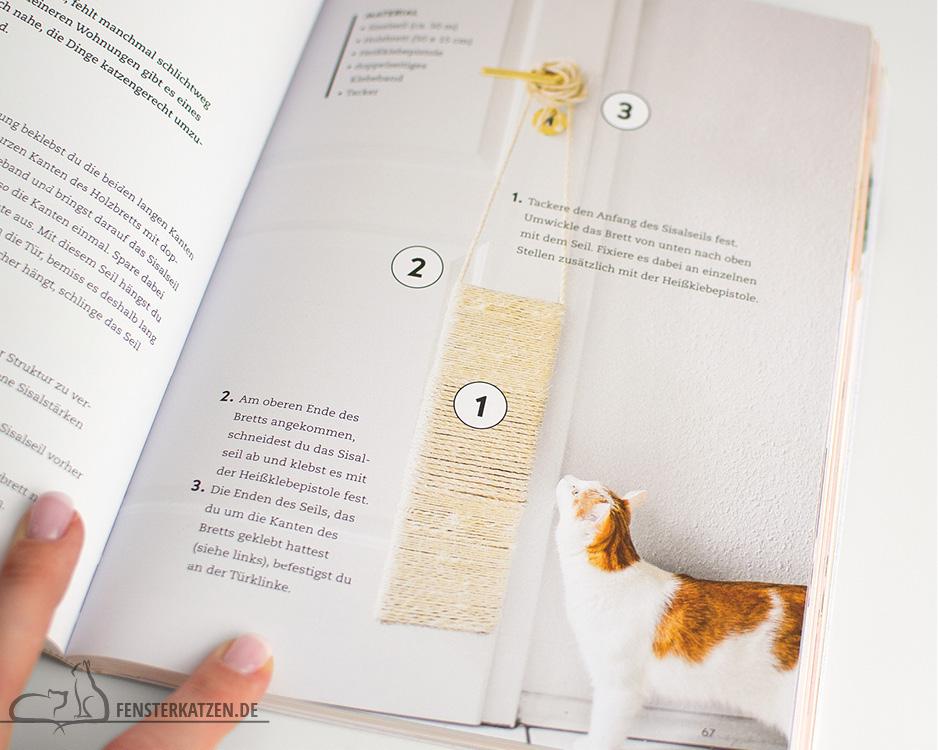 Fensterkatzen_Do-It-Yourself_Buch-Lifehacks-Katze_Kratzmatte