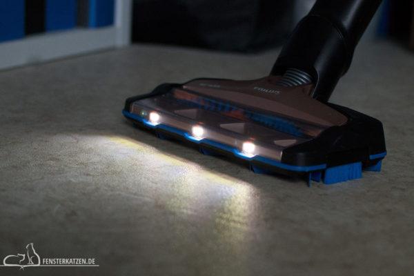 Fensterkatzen-Getestet-Akku-Staubsauger-SpeedPro-Max-Philips-LED-Beleuchtung-Saugduese